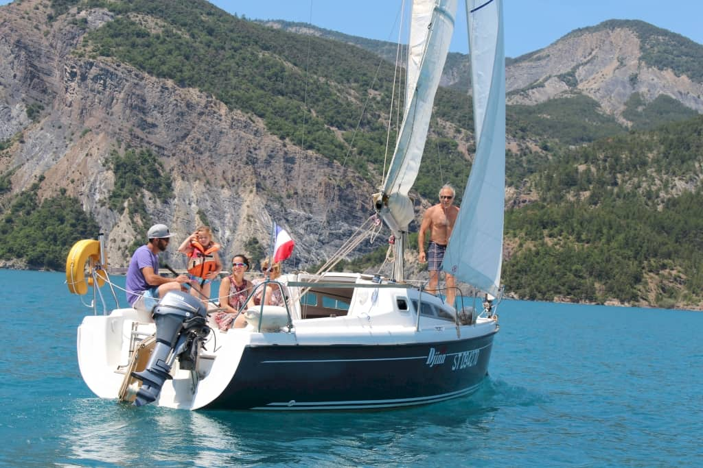Navigation en famille Savines Le Lac